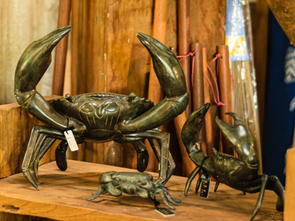 Handcrafted bronze & brass figurines and ornaments   Stonerage Broome